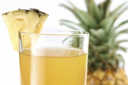 Agua-de-abacaxi