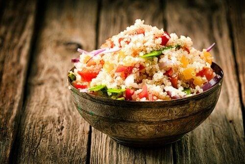 Salada saudável e nutritiva