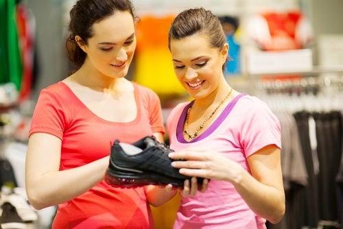 Escolha os tênis adequados para fazer exercícios