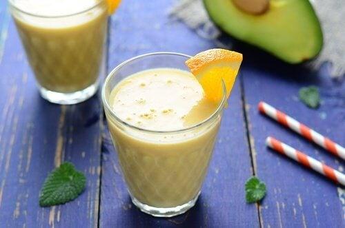 Bebidas naturais para uma pele radiante e saudável