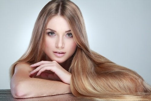 Água de pepino ajuda ao cabelo