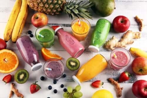4 deliciosas vitaminas detox que podem ser preparadas em casa
