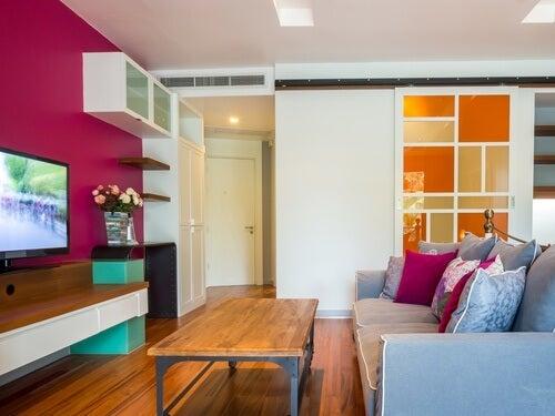 Decorar o lar com cores alegres para superar o luto