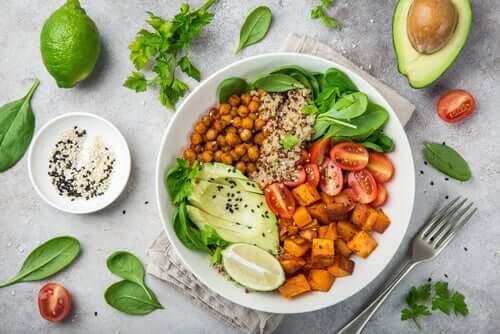 6 alimentos que combatem a gordura no fígado