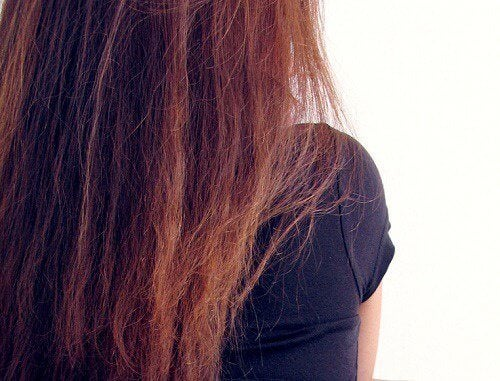 Queda de cabelo: causas e soluções