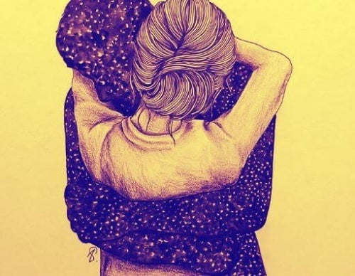 Casal envolvido em um abraço forte