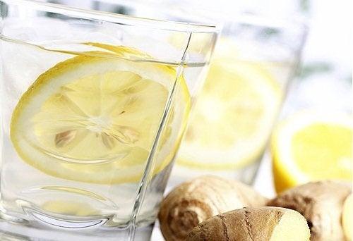 Limonada de gengibre