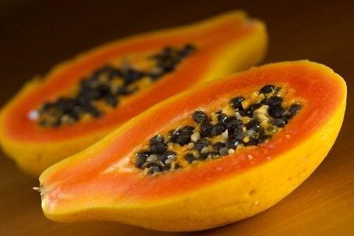Mamão papaia para unhas frágeis