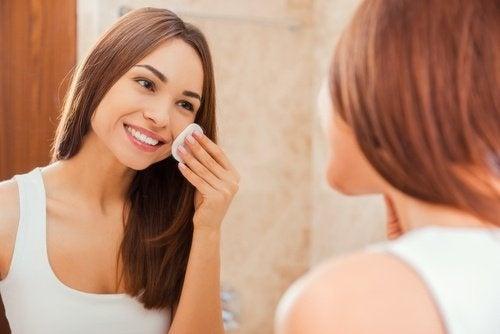 Melhorar a pele com suco de limão