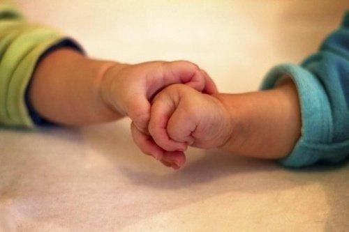Meninas nascem livres do gene do câncer de mama