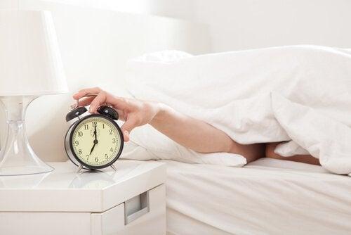 rituais_matinais_despertador