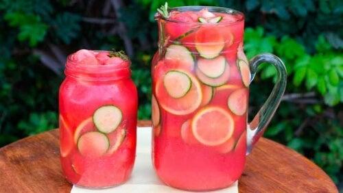 Suco para eliminar os gases e desinflamar o abdome