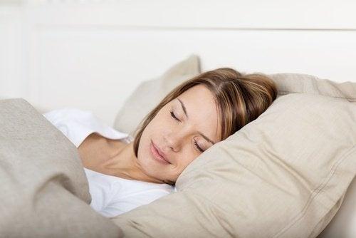 Travesseiros firmes para não roncar