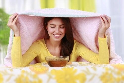 Solução com azeite, sal e lavanda para sinusite