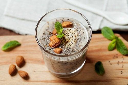 Vitamina-energética-com-sementes-de-chia-500x334