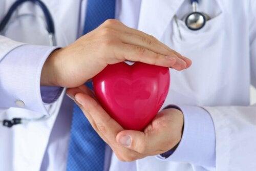 Ajuda a proteger a saúde cardíaca