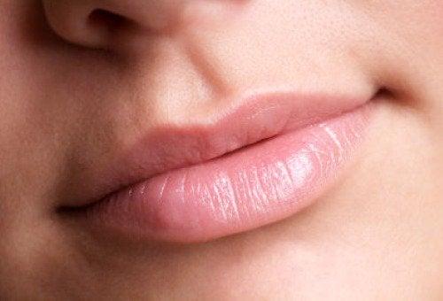 Limão como esfoliante labial