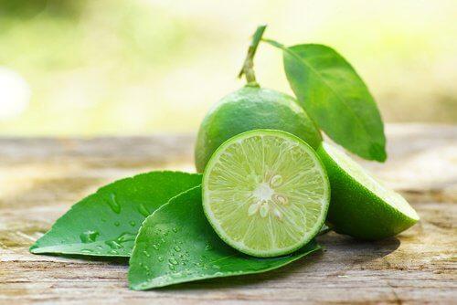 limão para fazer limonada de chá verde