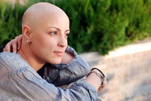 Mulher com câncer