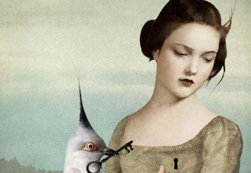 Mulher com pássaro que não gosta de falsidade