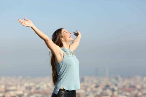 Feliz, não perfeito: a felicidade é a ausência da insegurança e do medo