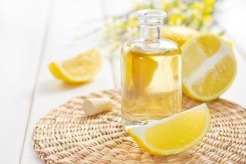 óleo de germem de trigo e limão para combater a papada