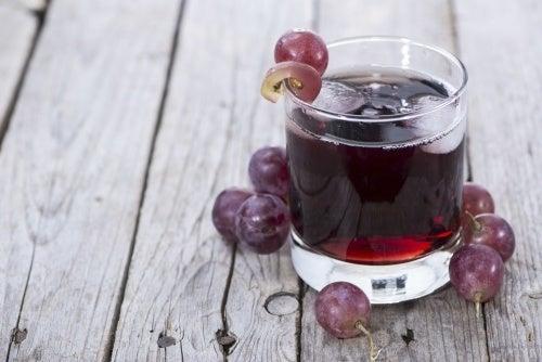 Suco de uva para a circulação