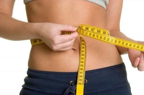 Medir a circunferência da cintura para cuidar da saúde