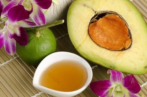 Abacate como ingrediente para tratar a pele