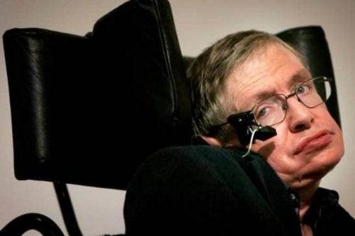 """Uma bela mensagem de Stephen Hawking às pessoas que estão num """"buraco negro"""""""