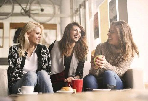 Crie vínculos positivos para aumentar sua autoestima