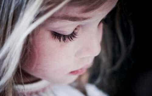 A superproteção é um modo de dar ao mundo filhos infelizes