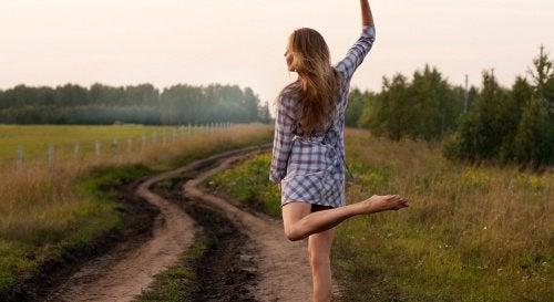 Dançar e passear pode nos proteger do Alzheimer