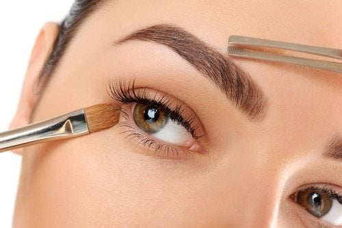 10 dicas para tornar suas sobrancelhas mais bonitas do que nunca