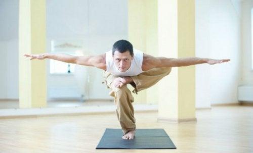 O plank favorece o equilibrio