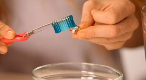 limpar objetos de prata