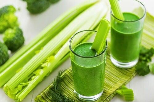 suco-verde-para-combater-retenção-de-líquidos