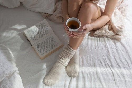 Será que melhor dormir de meias?