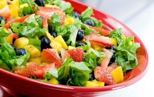 Hábitos alimentares com saladas