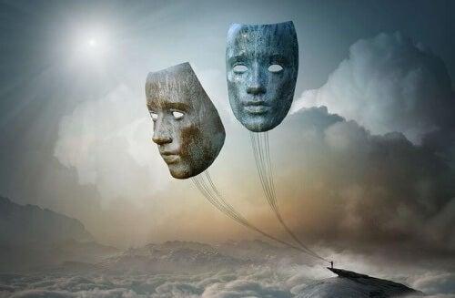 máscaras-suspensas-em-um-barco