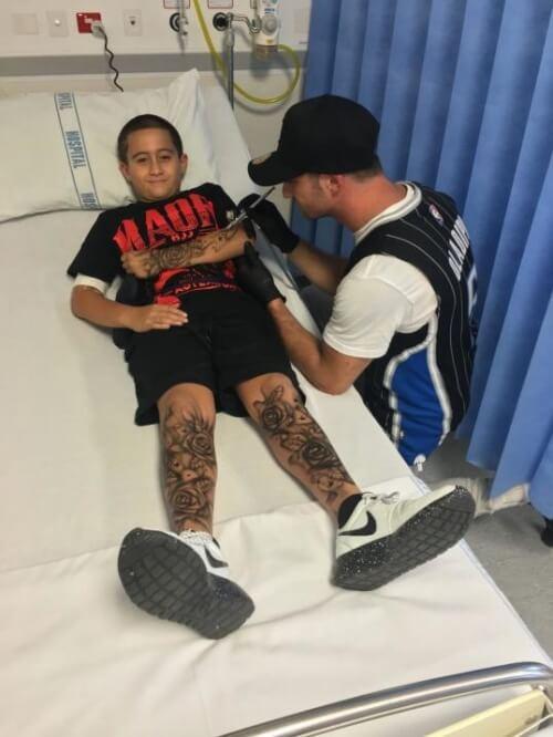 Tatuador em um hospital