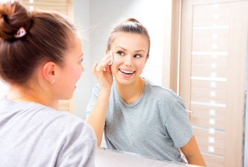 vaselina-remover-maquiagem