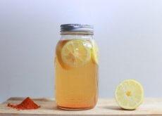 Bebida de cúrcuma e limão para perder peso e melhorar a digestão