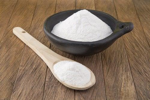 Solução de bicarbonato para eliminar a poeira