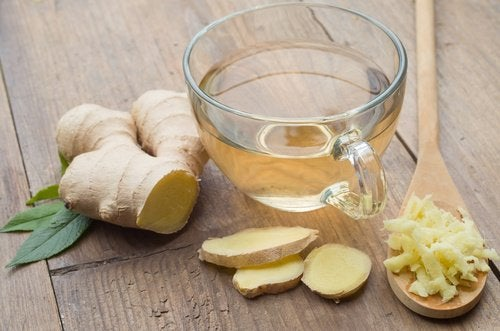 Infusão de gengibre e aloe vera: uma bebida natural muito poderosa