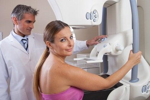 Mamografia-após-chegar-na-menopausa