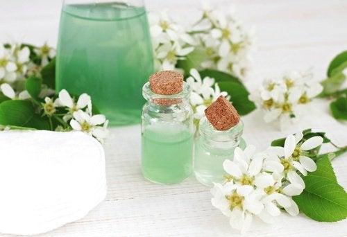 Use-tônico-hidratante-remover-maquiagem