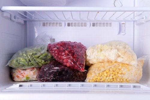 Alimentos que você não deve congelar