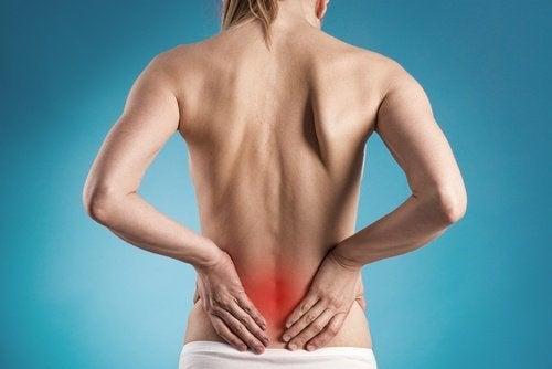 dor-nas-costas-sintoma-doença-nos-rins
