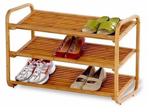 Estante de madeira para sapatos